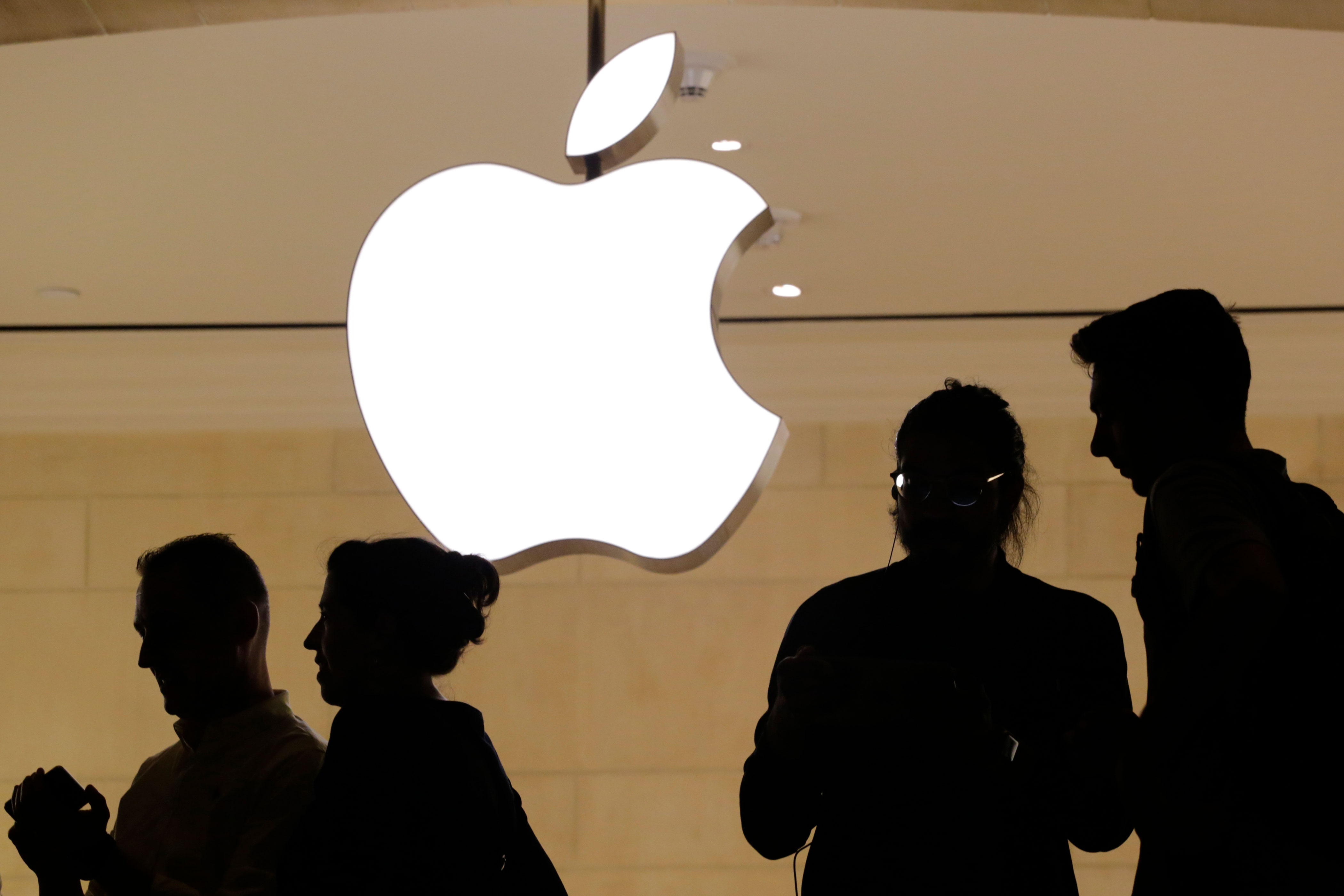 Apple Rising High With Its Previous Quarter Figures