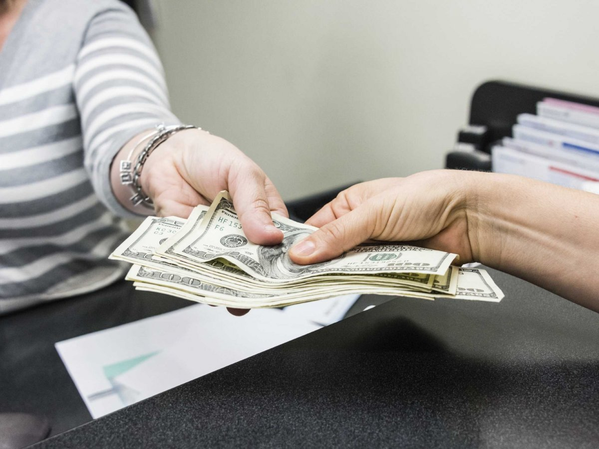 Everything You Need To Know About Business Cash Advances