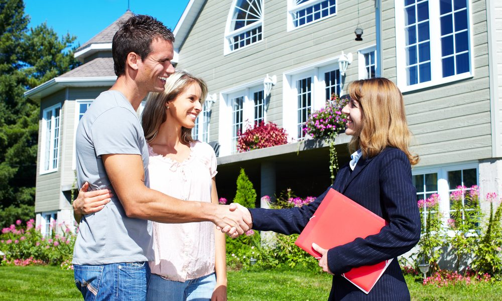 How To Choose Between A Direct Lender Or A Mortgage Broker