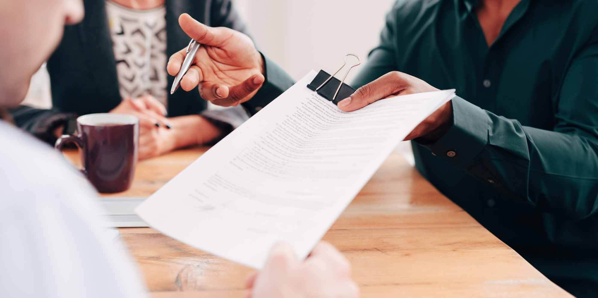 Things To Consider When You Choose To Work With Mortgage Brokers