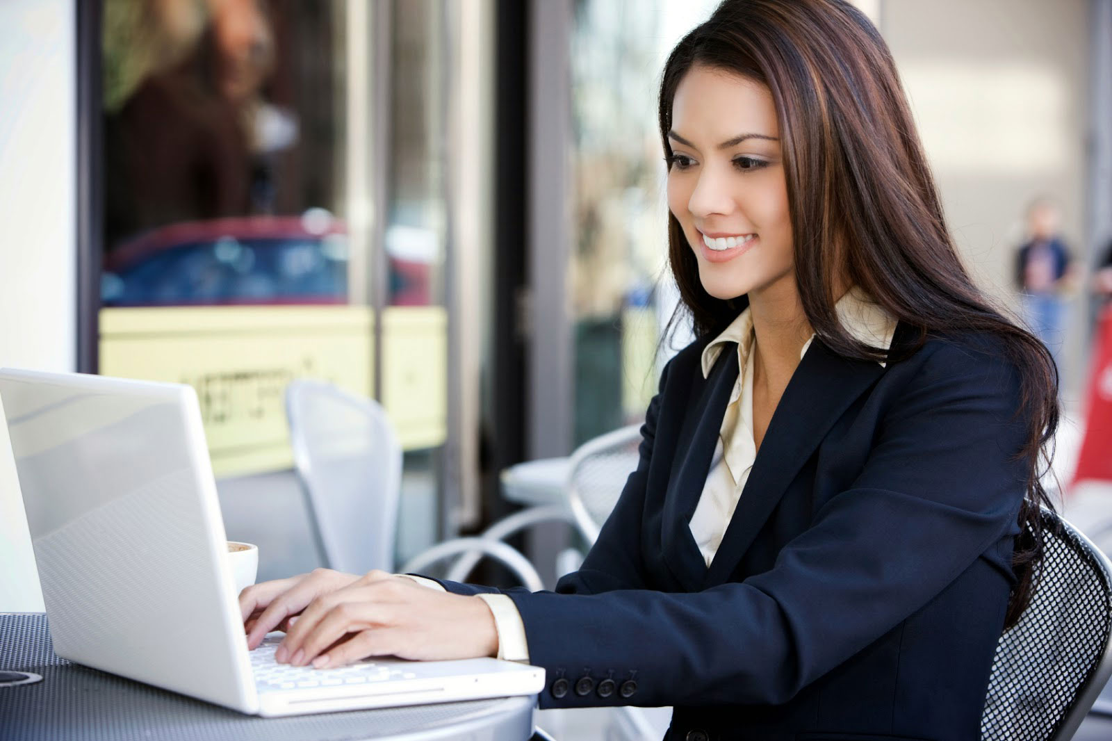 3 Reasons Why An Online MBA Degree Could Make You More Competitive