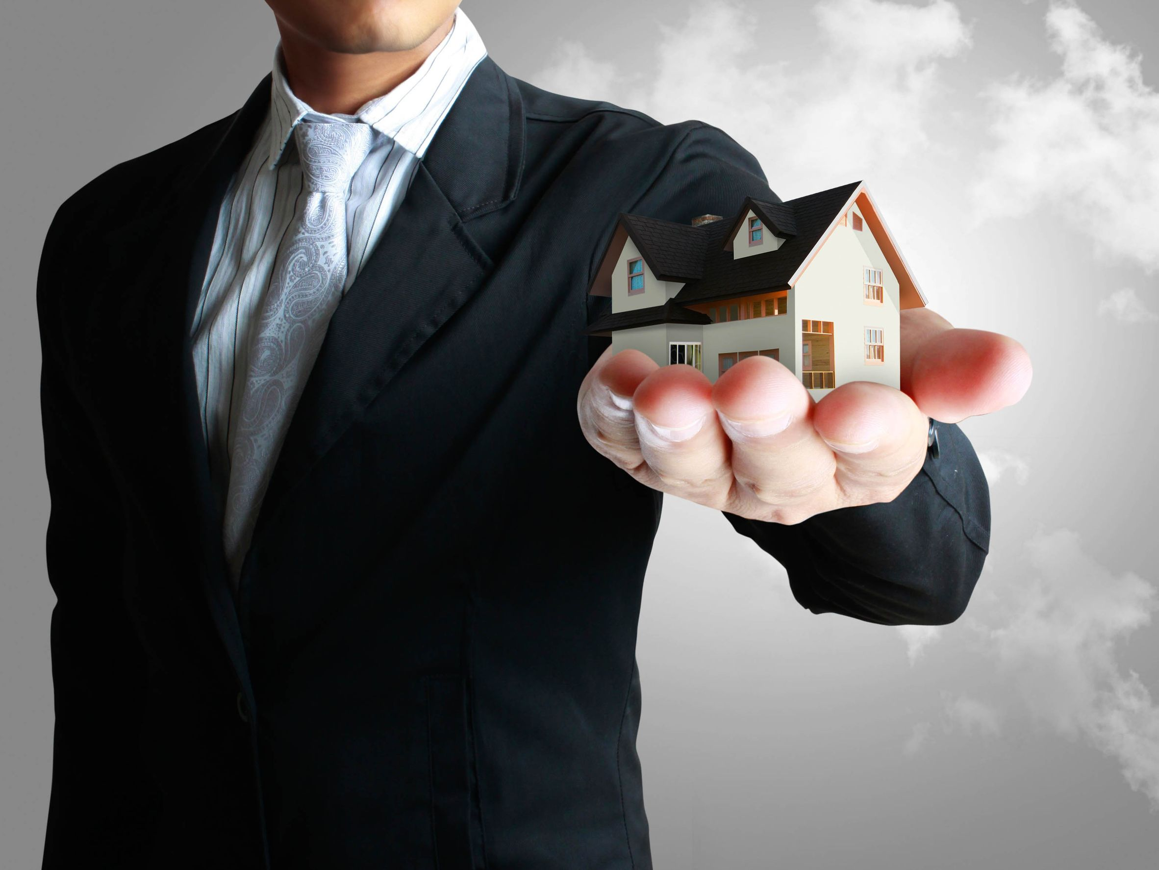 How To Know Which Estate Agent Is Best Suited For You?