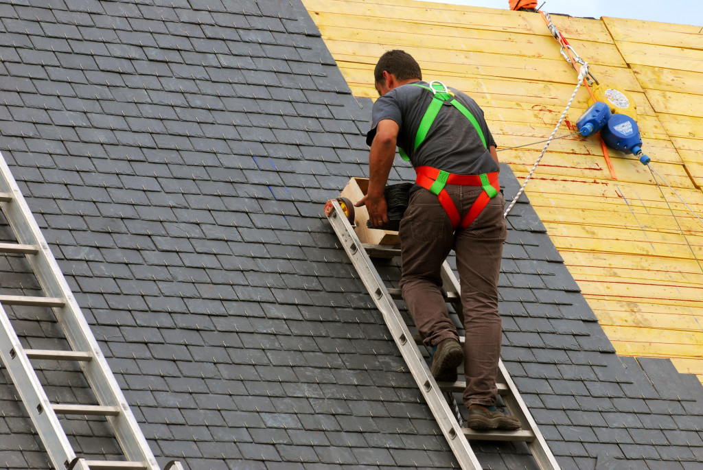 Why Does Roofers Need To Apply For Roofing Contractor Insurance?… Importance Review