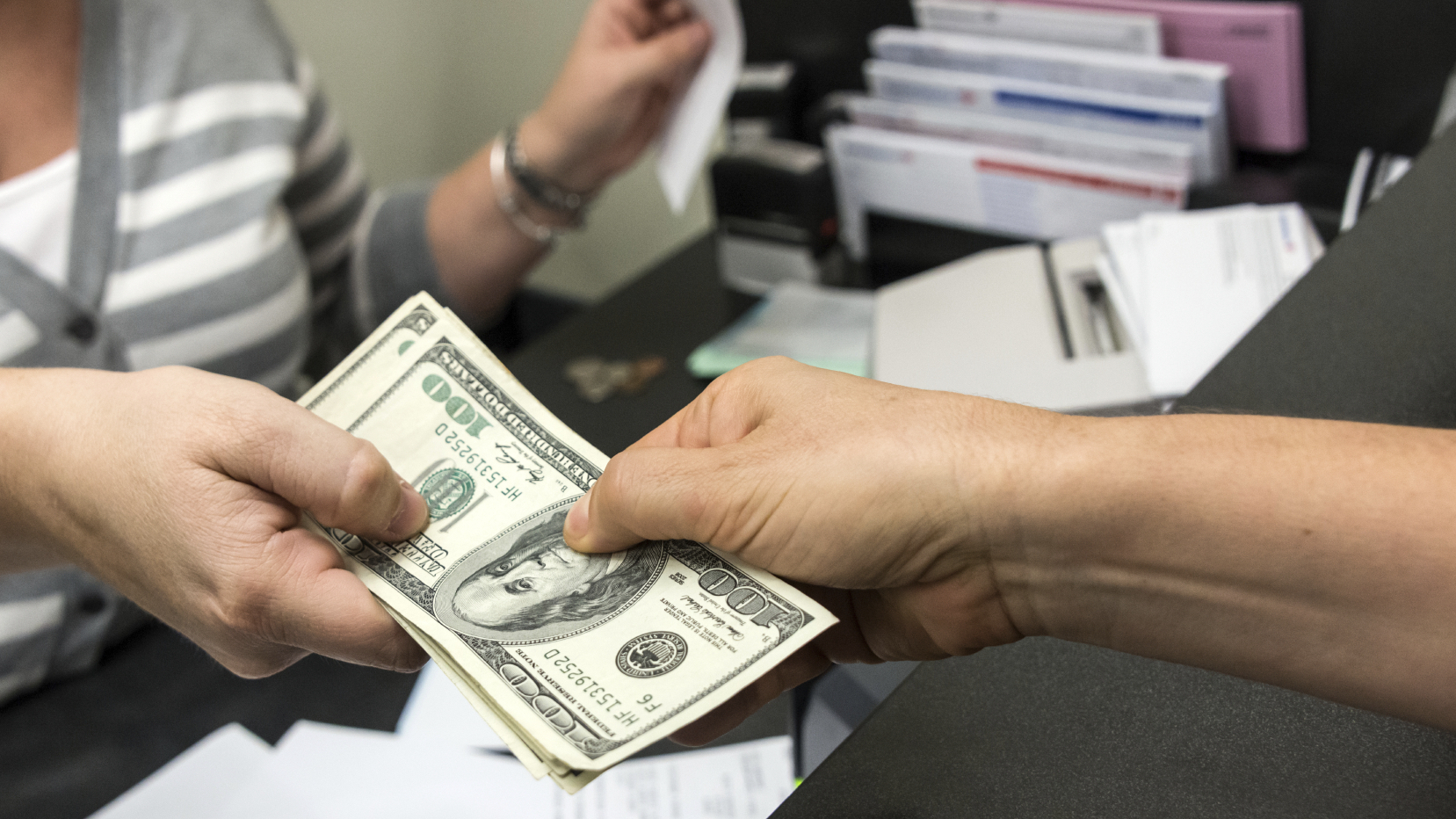 Choosing The Right Payday Loan Provider Is An Important Task